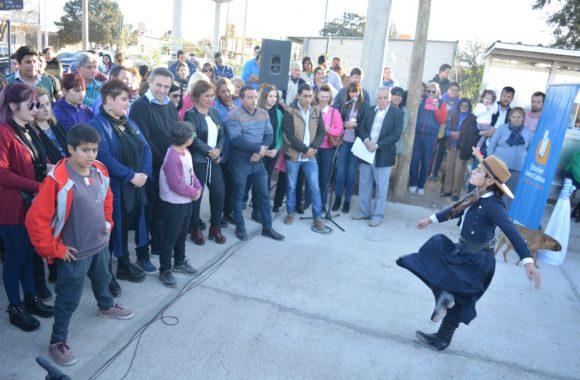 Inauguración de pavimento en Estación Juárez Celman - Myrian Prunotto - Ramón Mestre (3)