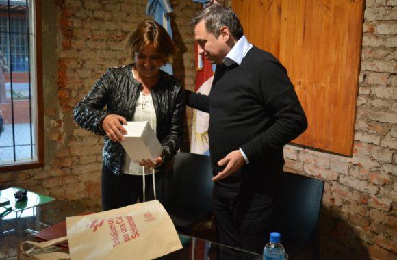 Myrian Prunotto y Ramón Mestre presentaron el programa Sí Sí Virtual en Estación Juárez Celman (8)