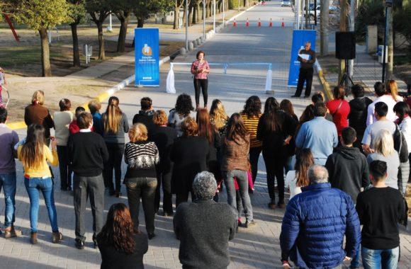 La Intendente Myrian Prunotto inaugura nuevas cuadras pavimentadas