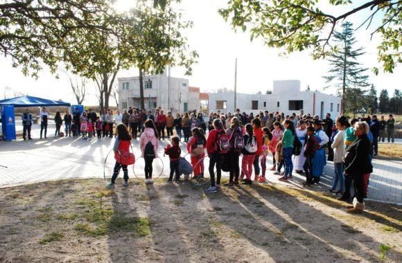 Los vecinos se hicieron presente en la inauguración de las obras en Estación Juárez Celman