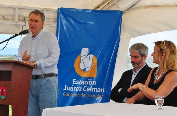 Junto al gobernador de Córdoba, Juan Schiaretti inauguramos una nueva obra de perforación. Dicha construcción tiene por objeto mejorar la provisión de agua potable a los vecinos de nuestra ciudad.