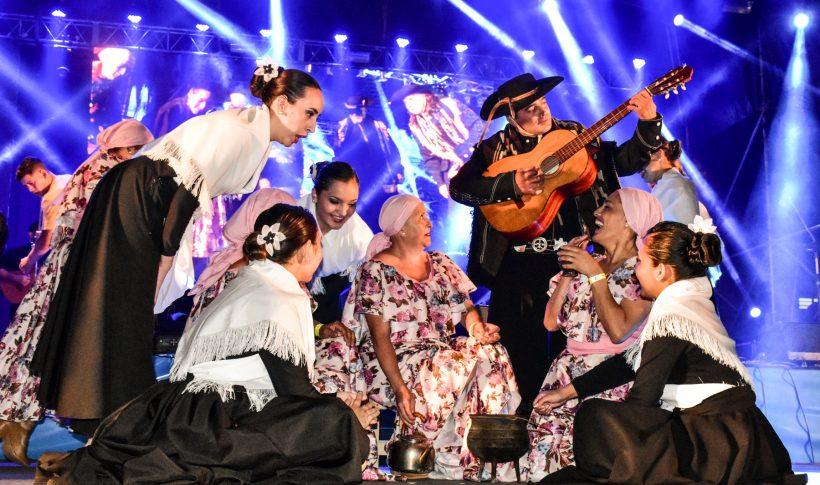 Ballet-Homenaje-a-Davalos-Elea-Anestiades-Fiesta-Criolla-2020-0406-copia-820x485